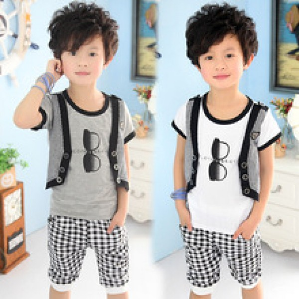 sale summer faux two piece child clothing boys clothing sets short-sleeve T-shirt capris set  in nepal