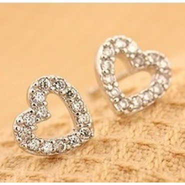 Cute Small Heart Rhinestone Stud Earrings