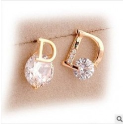 Cute Crystal Gold Plated Earring in Nepal.